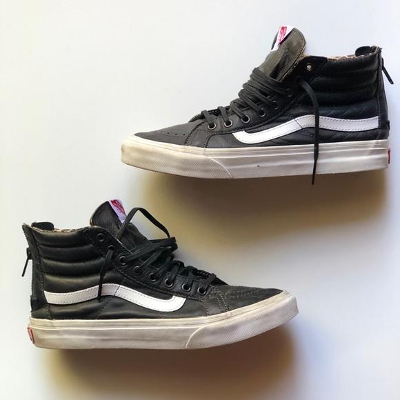 2251f9cf100e0a Vans leather SK8-Hi Slim zip. M 5bccfdeb04e33d8a4b86d081. Other Shoes ...